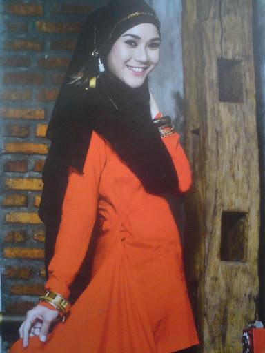 Tutorial Hijab Ala Zaskia Adya Mecca Tutorial Hijab Cara ...